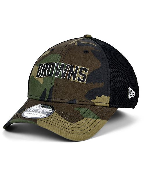 New Era Cleveland Browns Black White Camo Mold Neo 39THIRTY Stretch Fitted Cap