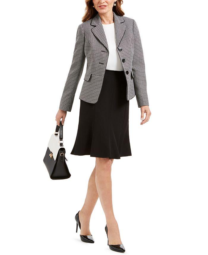 Le Suit - Petite Three-Button Tweed Skirt Suit