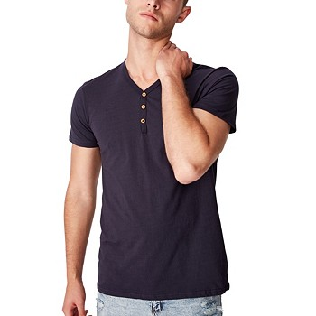 COTTON ON Essential Mens Henley T-Shirt