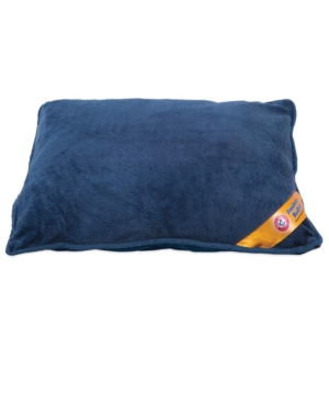 Odor control meets comfort with the Arm & Hammer Pillow Pet Bed. Features built-in antimicrobial fabric backed by the trusted Arm & Hammer name. Ultra soft plush top provides comfort and skid-stop bottom holds this dog bed in place. The machine washable exterior cover unzips making it easy-to-clean.