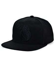 Detroit Pistons Under The Black Snapback Cap