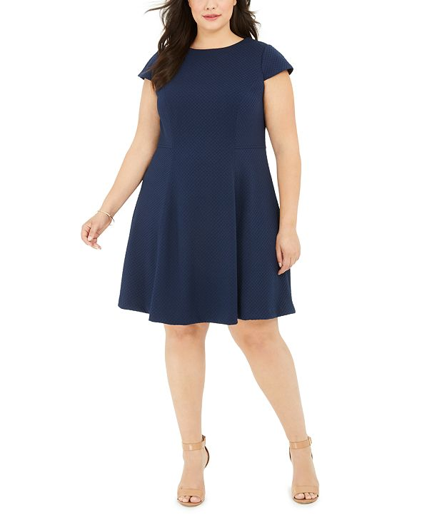 Jessica Howard Plus Size Textured Fit & Flare Dress