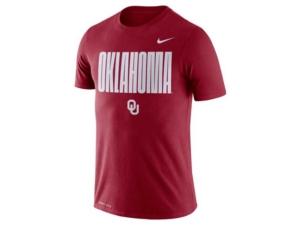 Nike Men's Oklahoma Sooners Legend Oversized Wordmark T-Shirt