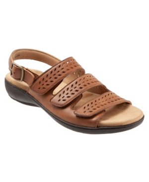 Trotters Trinity Slip On Sandal Women's Shoes In Luggage