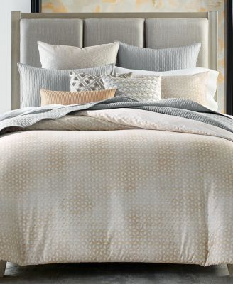 Bedford Geo Full/Queen Comforter