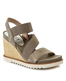Delaney Treaded Wedge Sandals