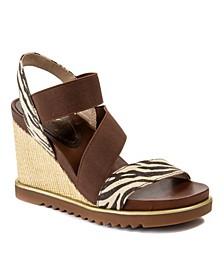 Delaney Treaded Wedge Sandals