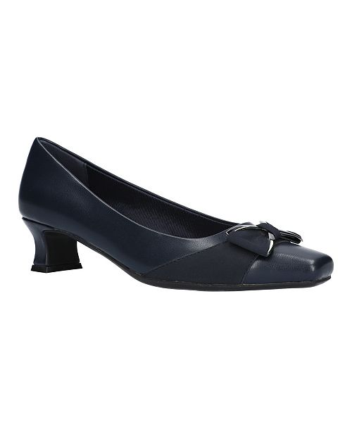 Easy Street Rejoice Bow Pumps