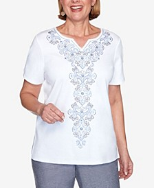 Plus Size Medallion Center Embroidered Short Sleeve Knit Top