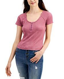 Juniors' Textured Hook & Eye Henley Top