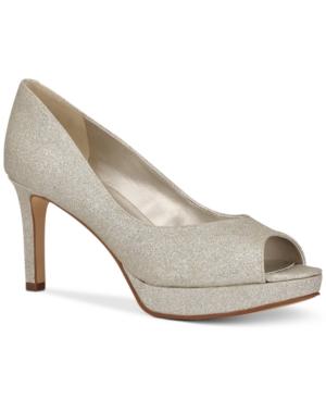 Brayden Platform Pumps Women's Shoes