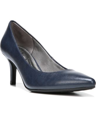 LifeStride Sevyn Pumps
