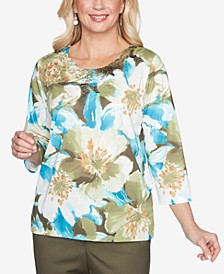 Women's Plus Size Colorado Springs Embellished Floral Top