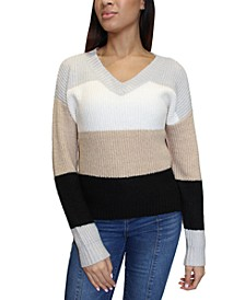 Juniors' Colorblocked V-Neck Sweater