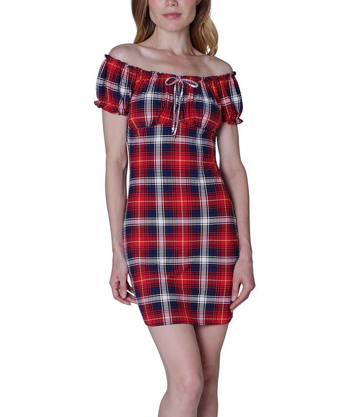 Ultra Flirt - Juniors' Emma Off-The-Shoulder Dress