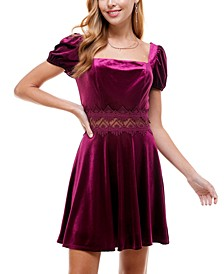 Juniors' Lace-Trim Puff-Sleeve Velvet Dress
