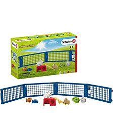 Farm World, Rabbit and Guinea Pig Hutch Playset with Toy Figurines