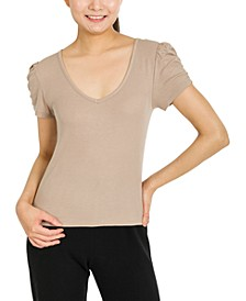 Juniors' Ruched-Sleeve Top