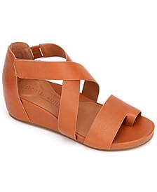 by Kenneth Cole Women's Gisele Asymmetrical Sandals