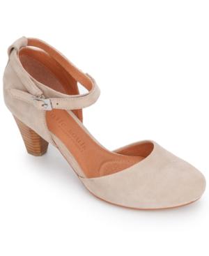 by Kenneth Cole Women's Raven Pumps Women's Shoes
