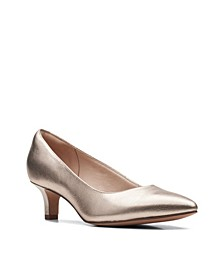 Women's Collection Shondrah Ruby Shoes