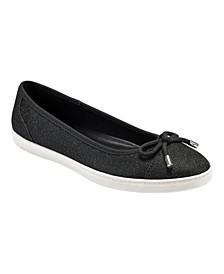 Women's Cayle Slip-On Flats