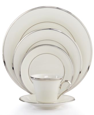 """""""Solitaire"""" 5-Piece Place Setting"""