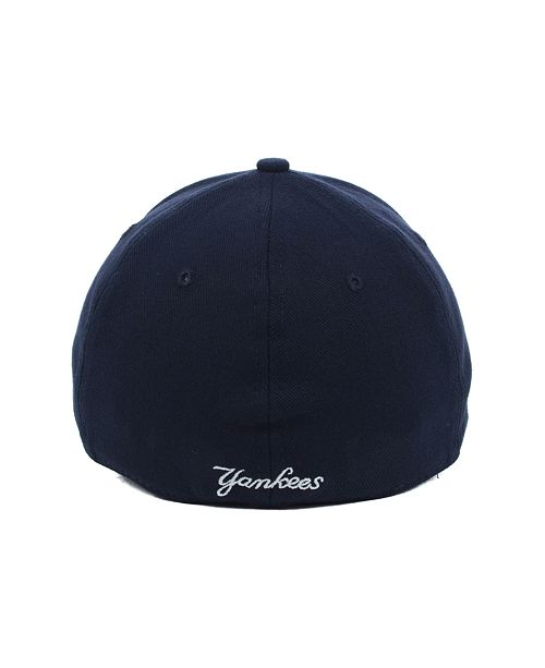 501fd010e4870 New Era New York Yankees MLB Team Classic 39THIRTY Stretch-Fitted Cap ...