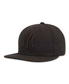 Kids' New York Yankees MLB Black on Black Fashion 59FIFTY Cap