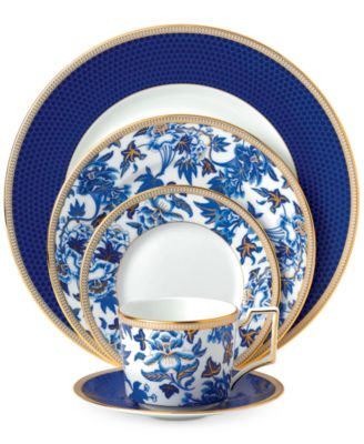 Hibiscus 5-Pc. Place Setting