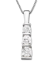 Three-Stone Diamond Pendant Necklace in 14k White Gold (1/2 ct. t.w.)