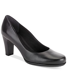 Women's Total Motion Round-Toe Pumps