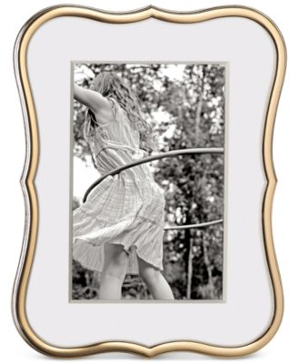 """Crown Point Gold 4"""" x 6"""" Frame"""