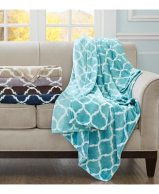 "Oversized 60"" x 70"" Geometric Print Plush Throw"