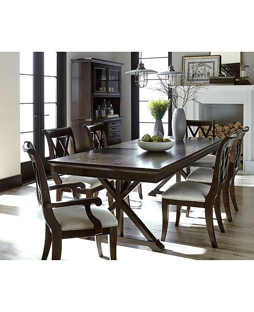 The Deep Amber Finish And Soft Oatmeal Tone Fabric Of Traditional Baker Street Dining Furniture Collection Creates A Rich Visual Contrast Between Its