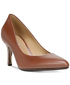 Natalie Pumps