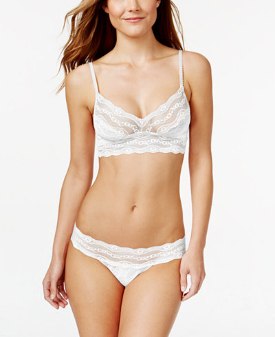 b.tempt'd by Wacoal Lace Kiss Bralette & Thong