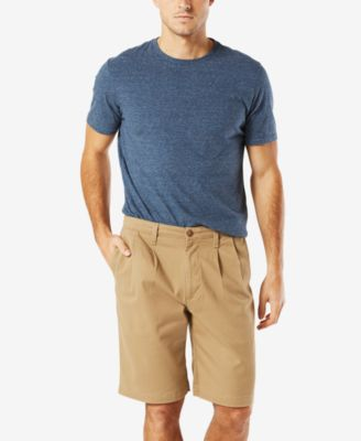 "Image of Dockers Men's Double-Pleated 10.5"" Shorts"