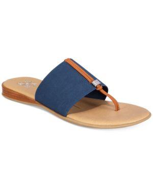 Xoxo Bennett Flat Sandals Women