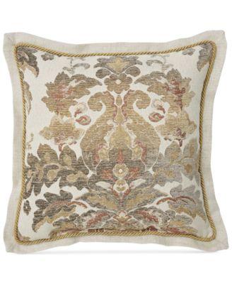 """Nadalia 18"""" Square Decorative Pillow"""