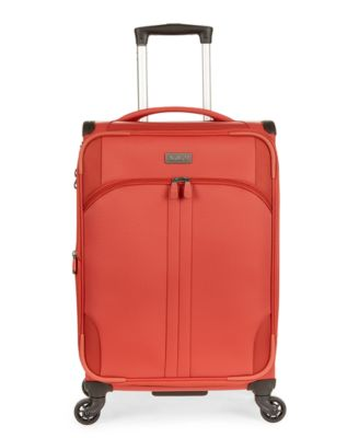 """Aire DLX 21"""" Softside Expandable Spinner Suitcase"""