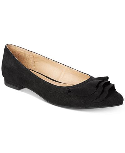 Esprit Daisy Pointed-Toe Flats