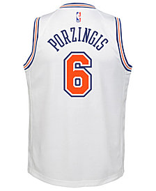 Nike Kristaps Porzingis New York Knicks Statement Swingman Jersey, Big Boys (8-20)