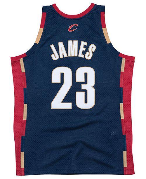 81fdb6b83032 ... Mitchell   Ness Men s LeBron James Cleveland Cavaliers Hardwood Classic Swingman  Jersey ...