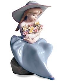 Lladro Collectible Figurine, Fragrant Bouquet
