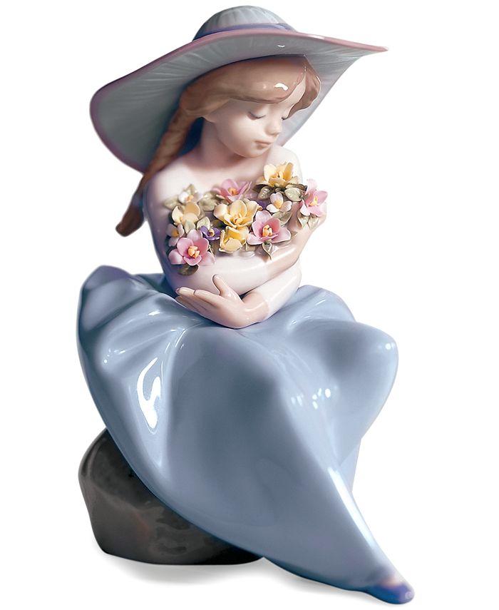 Lladró - Fragrant Bouquet Figurine