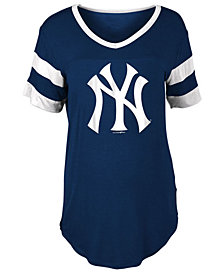 5th & Ocean Women's New York Yankees Sleeve Stripe Relax T-Shirt