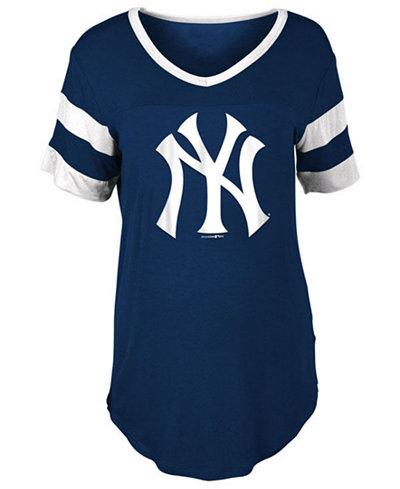 5th & Ocean Women's New York Yankees Sleeve Stripe Relax T-Shirt