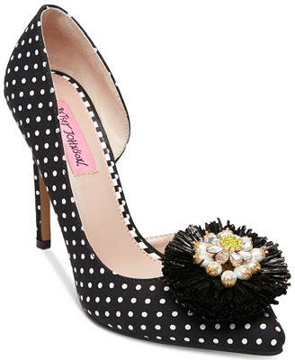 Betsey Johnson Sloan Pointy Toe Pumps Women's Shoes
