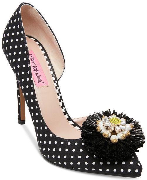 Betsey Johnson Sloan Pointy Toe Pumps Women's Shoes NpI0w